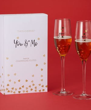 Hearts of Gold Champagne Flutes
