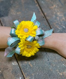 Keep 'Em Guessing Corsage