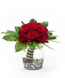 Modern Dozen Roses